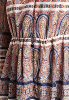 Influence. - Paisley Border Print Maxi Dress