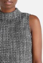 Vero Moda - Sasha Tweed Collar Top