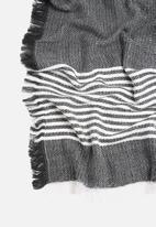 Vero Moda - Jenny Oversize Scarf