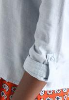 Vero Moda - Emily 3/4 Round Collar Shirt