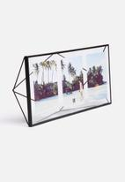 Umbra - Prisma multi photo display