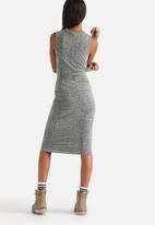 Noisy May - Polly Tie Front Midi Dress