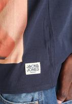 Jack & Jones - Abstract Tee