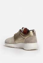 Nike - Roshe One Premium