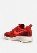 Nike - Roshe One Flyknit
