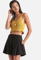 Influence. - Sleeveless Knitted Cropped Top