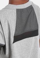 Nike - Bonded Tee