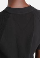 Nike - Tech Knit Top