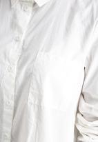 Noisy May - Cana High Low Shirt
