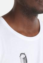 Only & Sons - Zion Tee