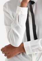 Vero Moda - Golly Bow Shirt