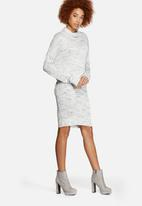 Jacqueline de Yong - Week Highneck Dress