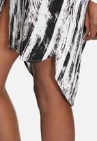 VILA - Graf Shirt Dress