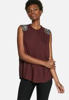 VILA - Pilun Embellished Top