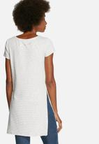 ONLY - Beth Long Tee