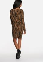 Vero Moda - Seal Dress