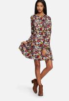 Vero Moda - Corrine Skater Dress