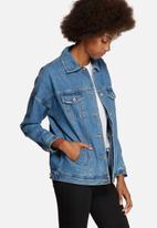 Vero Moda - Olivia Oversize Denim Jacket