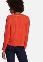 Vero Moda - Velma V-Cut Blouse
