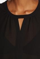 Vero Moda - Velma V-Neck Top