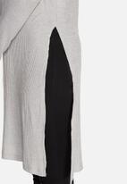Vero Moda - Famous Rib Long Top