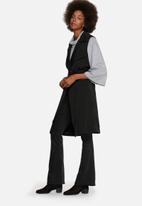 Glamorous - Sleeveless Jacket