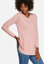 Glamorous - Pretty In Pink V-Neck Knit