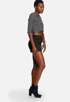 Glamorous - Stripe Crop Top