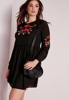 Missguided - Plus size embroidery dress
