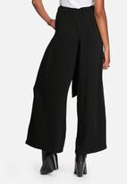 ONLY - Alex Wide Leg Belted Pants