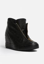 5c367633b54 Converse CTAS Lux Shroud Leather Mid - Black Converse Sneakers ...