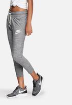 Nike - Nike Gym Vintage Capri