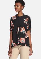 VILA - Nadine Shirt