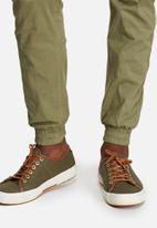 Jack & Jones - Paul Warner Cuffed Utility Pants