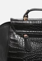 Nila Anthony - Doctors Bag