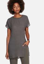 Vero Moda - Donna Long Slit Top