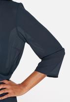 Vero Moda - Fina Drapy Top