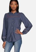 ONLY - Clotilda bell sleeve shirt