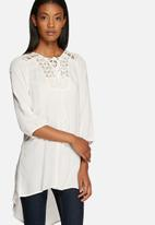 Vero Moda - Disha tunic top