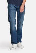 Levi's® - 501® Customized &Tapered