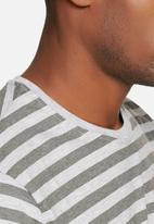 Crosshatch - Stripe longer length tee