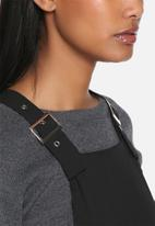 Lola May - Buckle detail wide leg dungarees