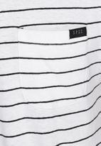 S.P.C.C. - Yarn stripe tee