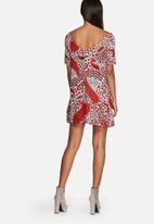 Glamorous - Paisley floral dress