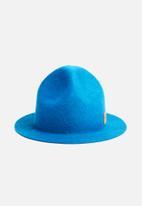 Simon and Mary - Mounty raw hat