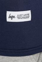 Hype - Script tee