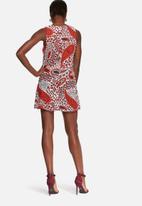 Glamorous - Paisley shift dress