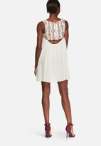 Glamorous - Flared embroidered dress