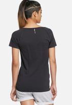 ONLY Play - Scarlet loose training tee
