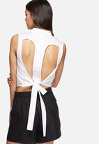 Vero Moda - Kayla cut-out shirt